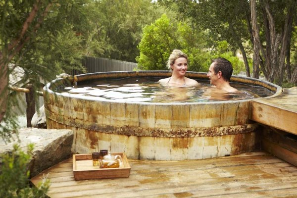 Hot Springs, Sparkling & Gourmet Breakfast