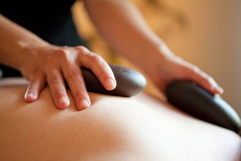 60 Minute Hot Stone Massage